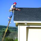 על גג העולם: מדריך היכרות עם בניית גגות ותיקונם