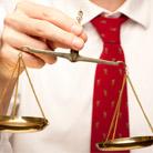 עדות מקצועית: מומחים וחוות דעת משפטיות
