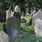 אפשרויות קבורה - על קבורה דתית וקבורה אזרחית