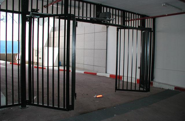ייצור והתקנה של שערים