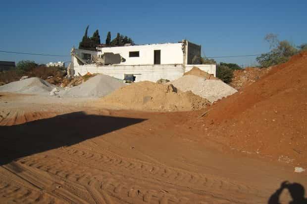 חול וחומרי מחצבה