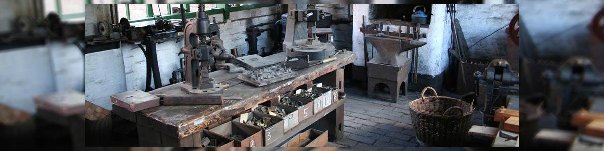אומנות הברזל בשרון - תמונה ראשית
