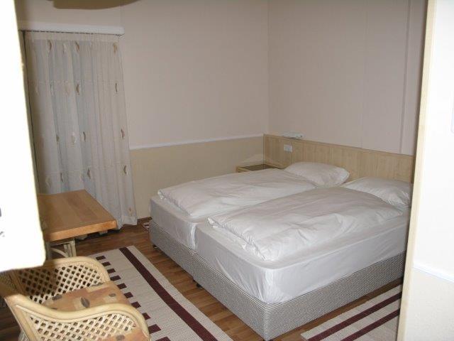 בית מלון עם חדרים מרווחים