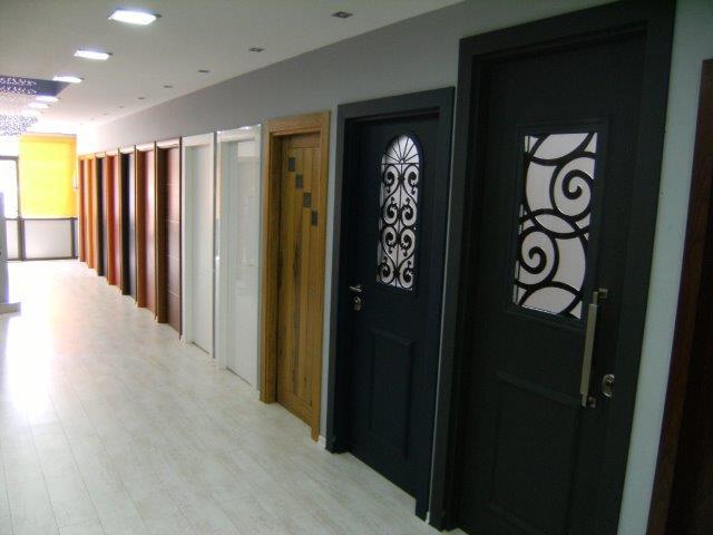 """גלריית תמונות של מרכז הדלתות פתח-תקוה וראשל""""צ"""