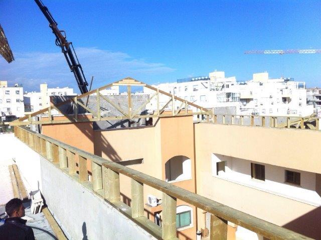 בנייה ותיקון גגות