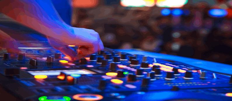 כתבות בנושא מוזיקה לאירועים ותקליטנים DJ - תמונת אווירה