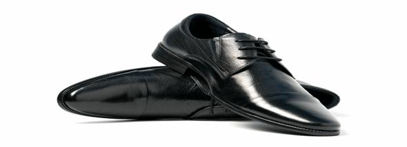 נעליים לגברים - אופנה שמתחילה בכף הרגל - תמונת המחשה
