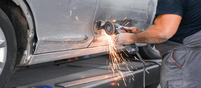 כתבות בנושא פחחות רכב - תמונת אווירה
