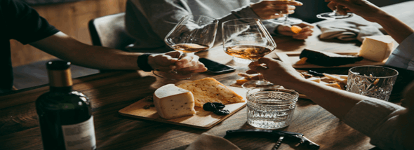 מדוע מסעדות צרפתיות נחשבות מסעדות יוקרה עם אוכל גורמה? - תמונת המחשה