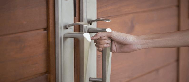 כתבות בנושא דלתות - תמונת אווירה