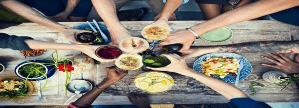 אוכל אורגני במסעדה - לאכול בלי היסוס, מזון ללא ריסוס - תמונת המחשה