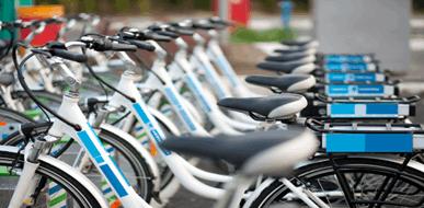 לרכב על בטוח - ביטוח אופניים חשמליים - תמונת המחשה