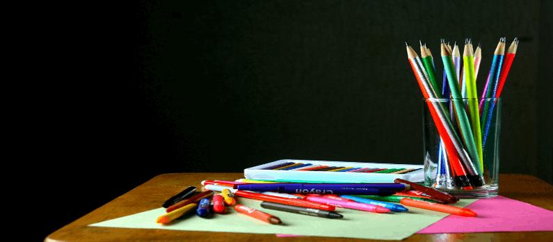 כתבות בנושא מכשירי כתיבה - תמונת אווירה