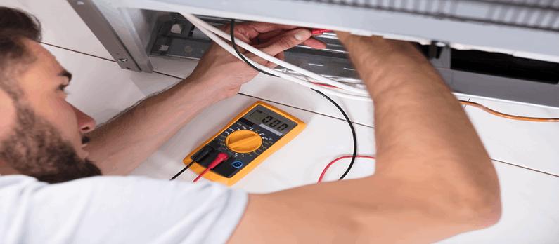 כתבות בנושא ייצור מערכות אלקטרוניקה, תיקון מכשירים אלקטרוניים - תמונת אווירה