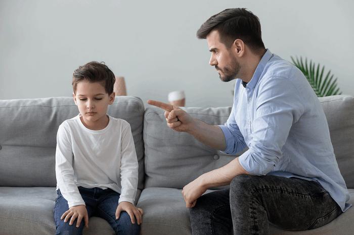 אילוסטרציה/שאטרסטוק/ילד יכול לתבוע את הוריו על חוסר התחשבות