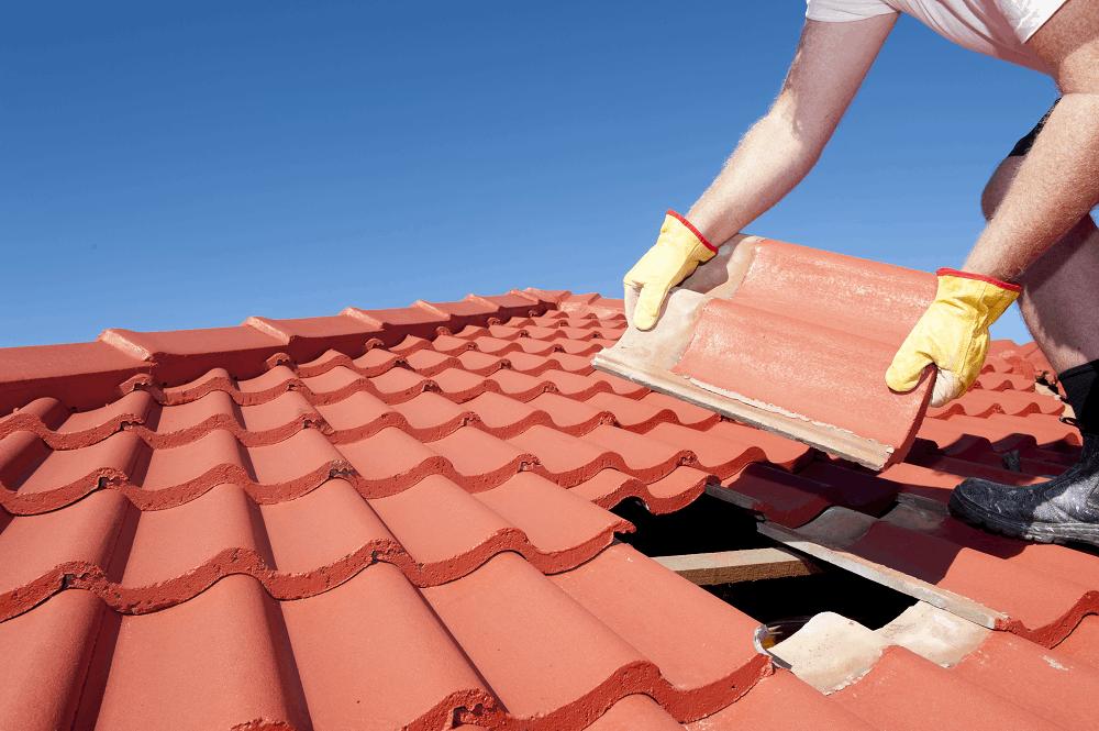 בניית גגות רעפים: תמונה שאטרסטוק