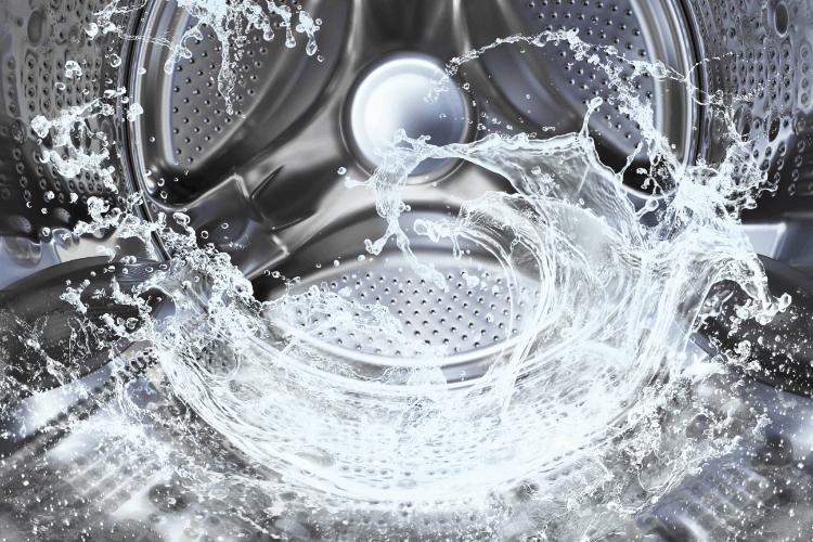 טיפים לבחירת טכנאי מכונות כביסה. צילום: shutterstock