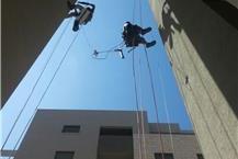 תמונה של פסגות סנפלינג-עבודות בניין בגבהים