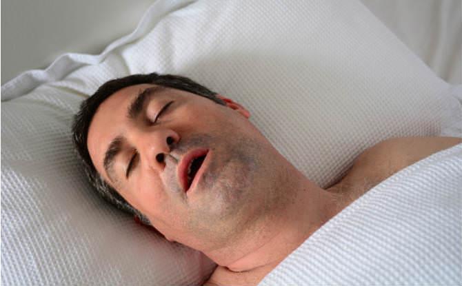 טיפול בנחירות ובדום נשימה בשינה