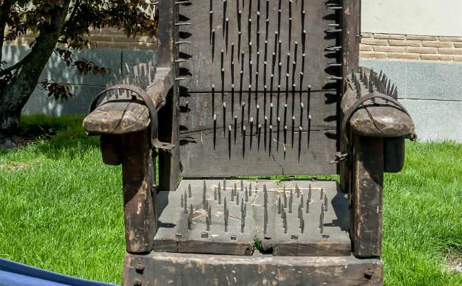 כיסא עינויים
