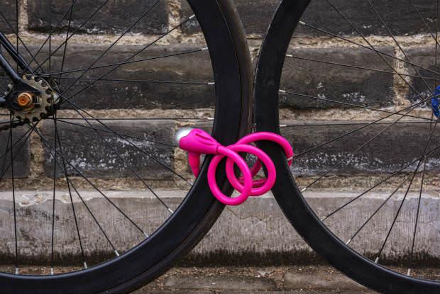 שני גלגלי אופניים